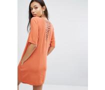 T-Shirt-Kleid mit gitterartigem Rückenausschnitt Rot