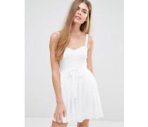 Kleid mit Gürtel und Rock Weiß