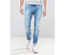 Anbass Enge Stretch-Jeans in heller Waschung Blau