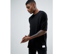 Gestricktes T-Shirt in lässiger Passform Schwarz