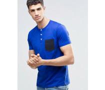 Geknöpftes T-Shirt mit Tasche Blau