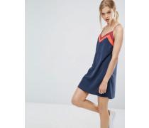 Kleid mit dünnen Trägern in Blockfarben Marineblau