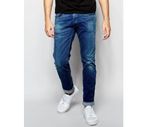 Jeans Anbass Enge Stretch-Jeans in mittlerer Ecoplus-Waschung Blau
