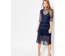 Louisa Figurformendes Kleid mit Faltenrock und Spitze Marineblau