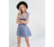 Fit And Flare Kleid mit Zierausschnitt im Rücken und Blumenmuster Blau