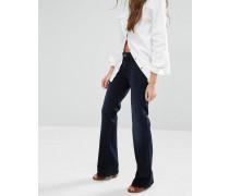Sandy Bootcut-Jeans mit mittelhohem Bund Blau