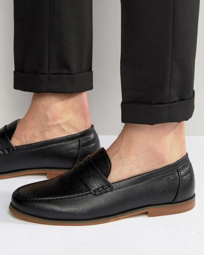 new look herren schwarze penny loafer aus kunstleder schwarz reduziert. Black Bedroom Furniture Sets. Home Design Ideas
