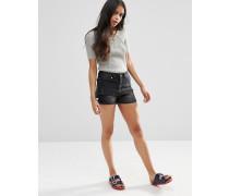 Jeansshorts mit hohem Saum Schwarz