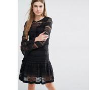 Eunice Spitzenkleid mit tief sitzender Taille Schwarz