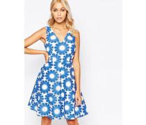 Send Me No Flowers Lets Dance Kleid mit gehäkeltem Blumendesign Blau