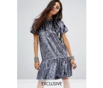 Oversized-T-Shirt-Kleid aus Samt mit Schößchensaum in Vintage-Optik Grau