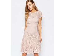 Mila Kleid in Eisrosa Rosa