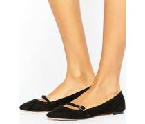 Spitze Schuhe mit Schnalle und T-Steg Schwarz