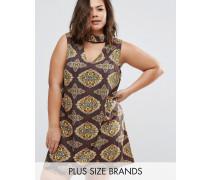 Plus Kleid mit Aussparung am Ausschnitt und Schal-Print Mehrfarbig