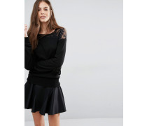 Schwarzer Pullover mit Spitzeneinsatz Schwarz