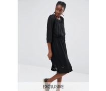 Exklusives, faltenverziertes Kleid Schwarz