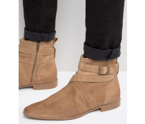 Chelsea-Stiefel mit Riemen aus Wildleder in Stone Steingrau