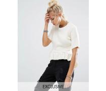 Vintage Geripptes T-Shirt mit gerüschtem Schößschensaum Cremeweiß
