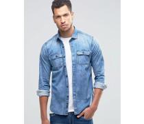 Schmal geschnittenes Jeanshemd in heller Waschung Blau