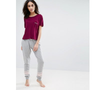 Feeling Lazy Pyjama-Set aus T-Shirt und Jogginghose Rot
