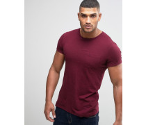 T-Shirt mit Tasche in enger Passform, in Damson Nep Rot