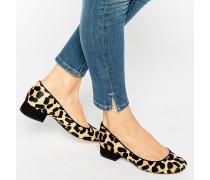 Alanah Flache Schuhe mit Ponyfellimitat und Leopardenprint Mehrfarbig