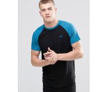 Schmales, schwarzes T-Shirt mit kontrastierenden Raglanärmeln Schwarz