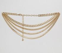 Drapierter Gürtel mit verschiedenen Ketten im Stil der 90er Gold