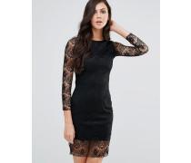 Langärmeliges, figurbetontes Kleid mit Spitzenarm Schwarz