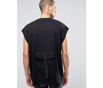 Schwarzes, super Oversize-T-Shirt mit Military-Tasche hinten Schwarz