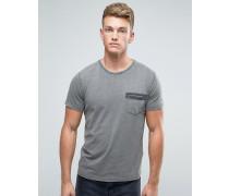 T-Shirt mit aufgesetzter Tasche Grau