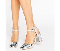 Absatzschuhe in Silber-Metallic mit Knöchelriemen Silber