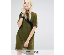 Geschnürtes T-Shirt-Kleid aus Netz Grün
