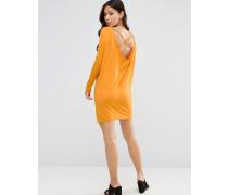 Langärmliges Minikleid mit Wasserfalldesign hinten und Riemendesign Gelb