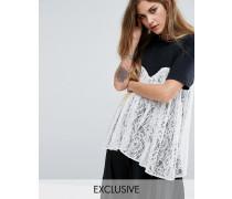T-Shirt mit kontrastierendem Schwarz
