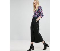 Elegante Hose, weit und kurz geschnitten Schwarz