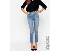 Farleigh Schmal geschnittene Mom-Jeans in heller Prince-Waschung mit zerrissenen Knien Blau