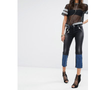 Jeans Verkürzte Jeans mit geradem Schnitt Schwarz