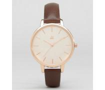 Uhr mit großem, klaren Zifferblatt Braun