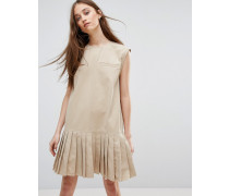 Kleid mit plissiertem Saum und Tasche Cremeweiß
