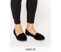 New Look Loafer mit Metallverzierung zum Hineinschlüpfen in breiter Passform Schwarz
