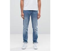Schmal geschnittene Jeans in heller Stone-Waschung Blau