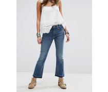 Madison Kurz geschnittene Jeans mit freiliegenden Knöpfen Blau