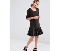 Kleid mit Schößchensaum Schwarz