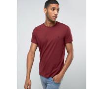 T-Shirt in klassischer regulärer Passform in Damson Rot