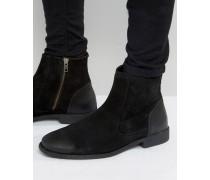 Chelsea-Stiefel aus schwarzem Wildleder mit Lederdetail am Absatz Schwarz