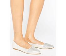 Flache Schuhe mit spitzer Zehenpartie und Glitzer-Detail Silber