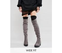 New Look Overknee-Stieffel mit weiter Passform Grau