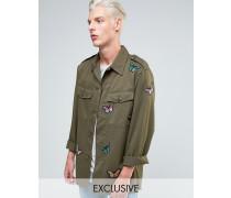 Military-Hemdjacke mit Schmetterling-Aufnähern Grün