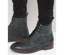 Schnürstiefel aus schwarzem Leder mit dunkler Sohle Schwarz